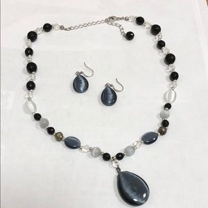 Jewelry - Black and clear beaded necklace and earrings